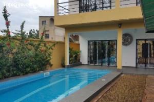 A Louer maison villa non meublée avec piscine à Hédjranawoé