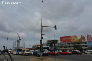 Abidjan  VGE grand carrefour marcory vente local sur 1050m2